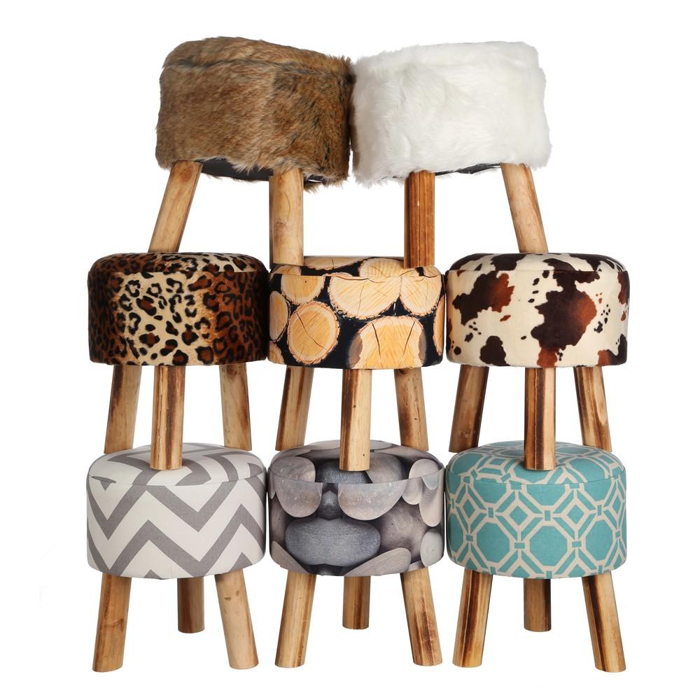 Taburetes tapizados interesting taburete bajo cromado - Taburetes de piel ...